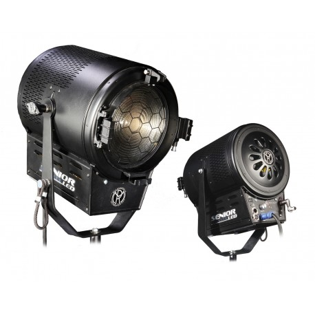 Fresnel LEDs 900W SeniorLED Daylite, 5K