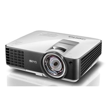 BENQ projector MX806ST