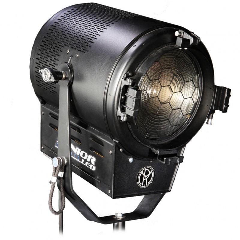 Mole Richardson Fresnel: Mole Richardson Fresnel LED 900W SeniorLED Tungsten, LED 5K